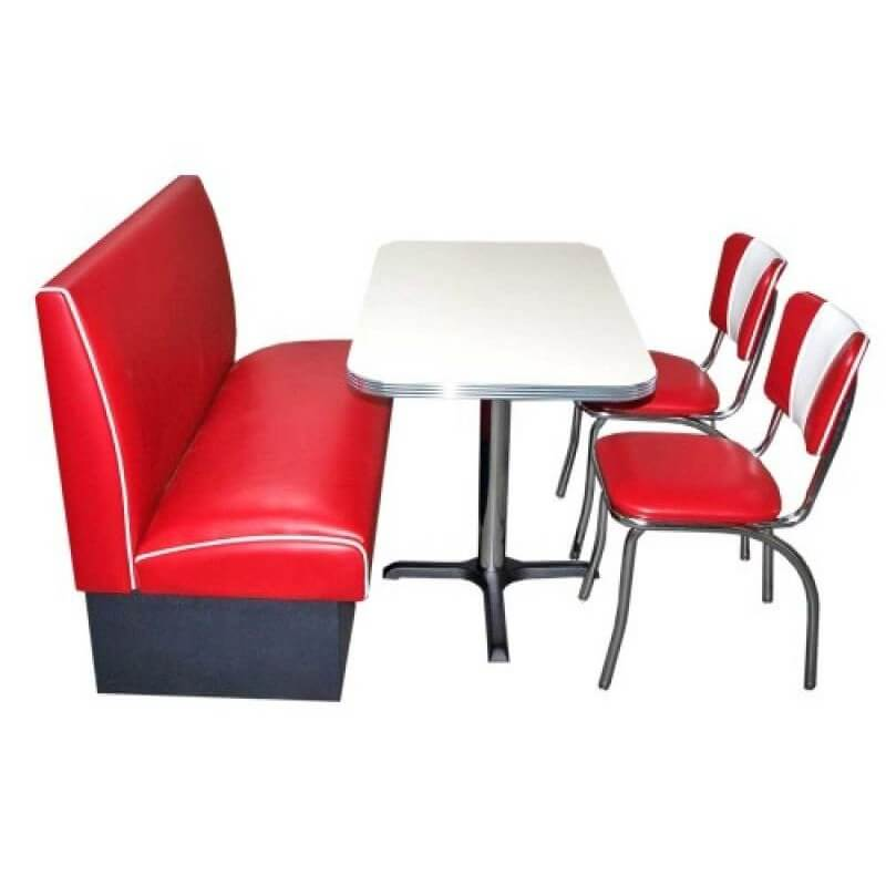 Table blanche banquette et chaises rouge us way of life for Chaise rouge